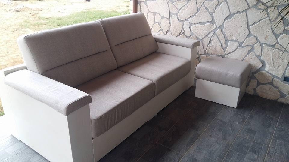 Produzione e vendita di mobili sedie tavoli e divani san giustino