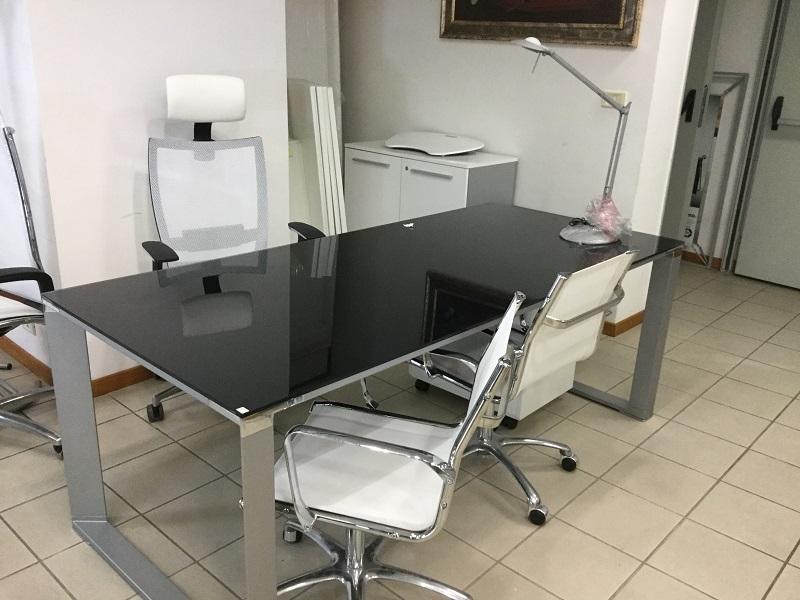 portale arredamento ufficio roma paginesi