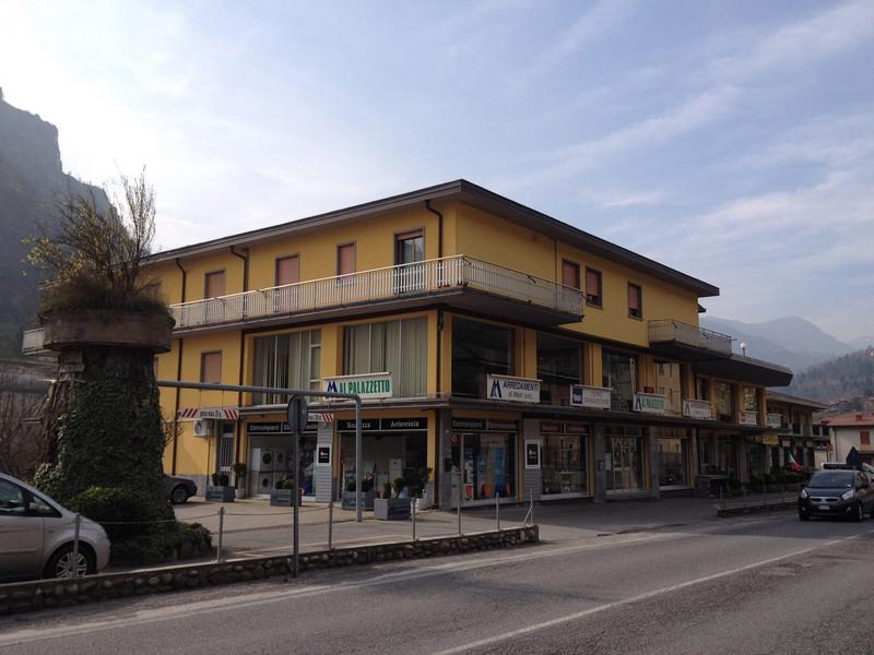 Arredamenti bergamo provincia paginesi for Bernini arredamento