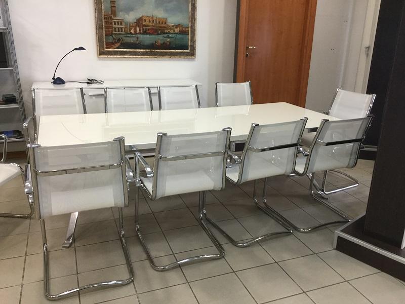 Arredamento ufficio roma provincia paginesi for Portale arredamento