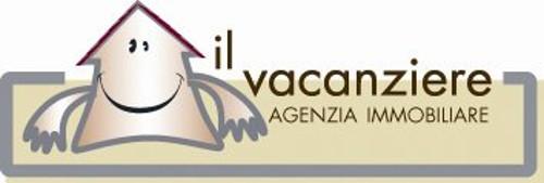 Il vacanziere agenzia immobiliare montalto di castro for Arredamento per agenzia immobiliare
